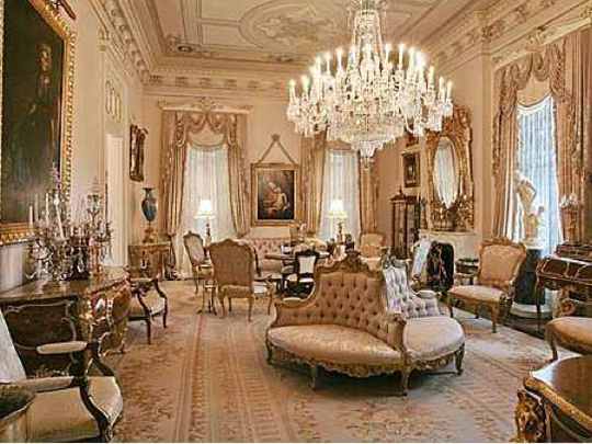 A look inside the Robinson Mansion.