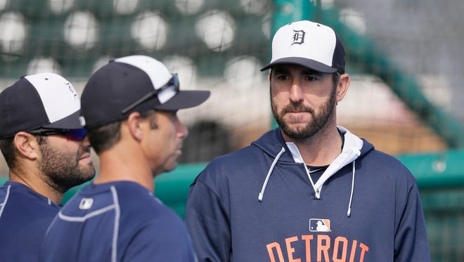Detroit Tigers starting pitcher Justin Verlander, right, is seen with catcher Alex Avila, left, and manager Brad Ausmus before a spring training game against the St. Louis Cardinals in Lakeland, Fla., Saturday, March 28, 2015.