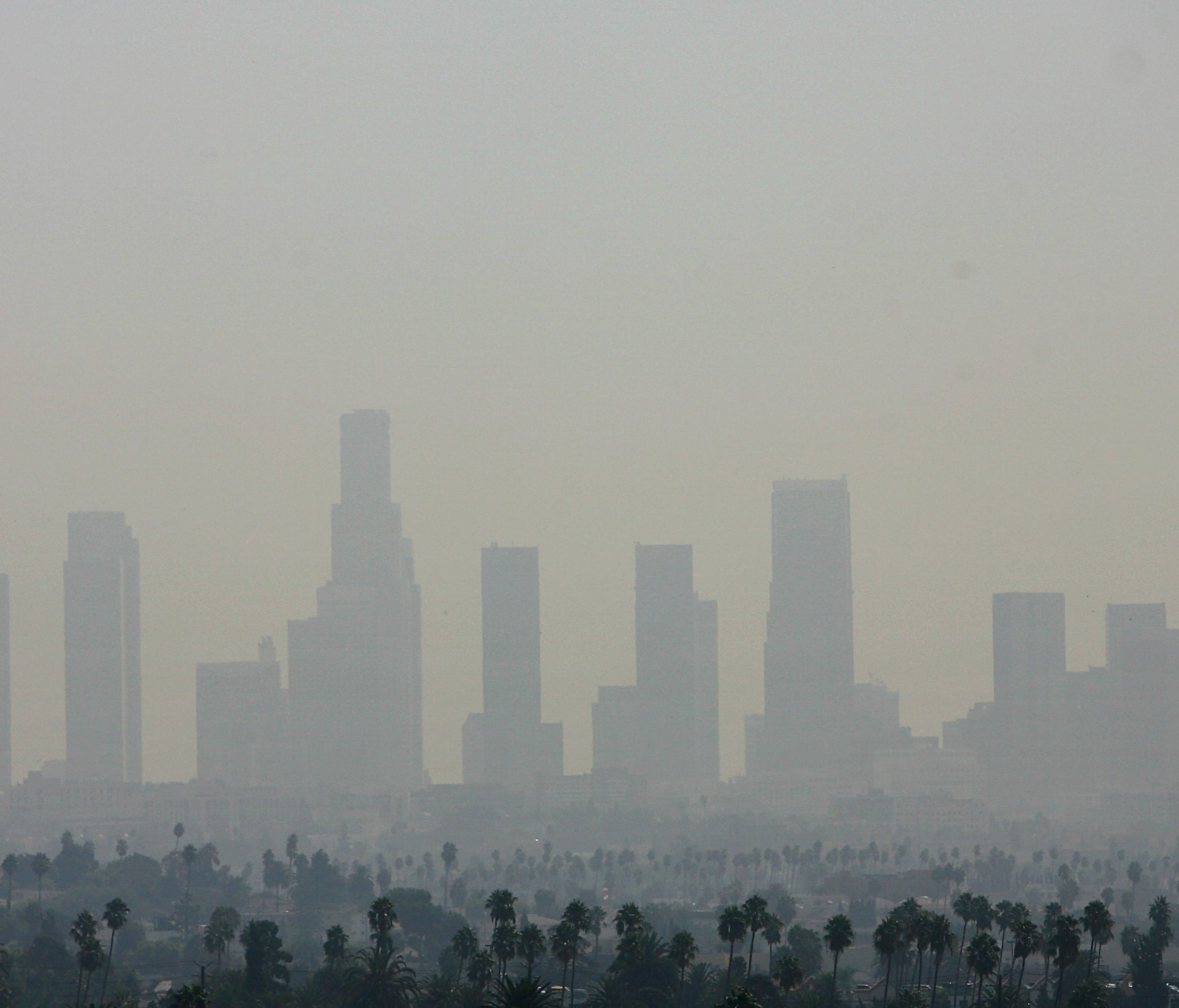 A view of air pollution over downtown Los Angeles, on Sept. 20, 2006. Los Angeles had the nation's worst ozone air pollution, according to a new report released by the American Lung Association.