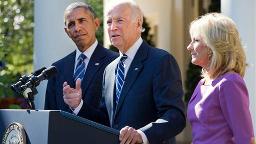 Vice President Joe Biden, with his wife Dr. Jill Biden, right, and President Barack Obama announces that he will not run for the presidential nomination, Wednesday, Oct. 21, 2015, in the Rose Garden of the White House in Washington. (AP Photo/Jacquelyn Martin)