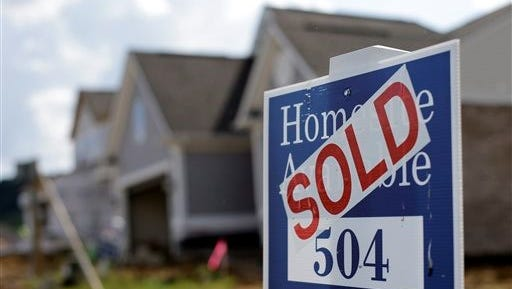 A sign showing that a home sold at a Nashville subdivision.