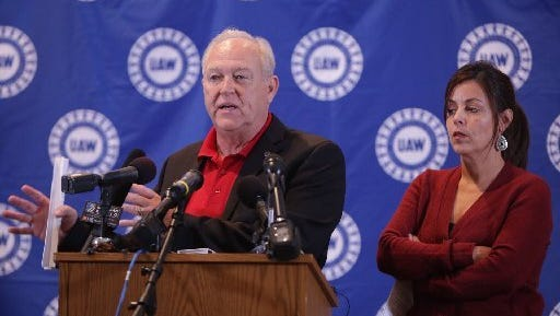UAW President Dennis Williams and Vice President Cindy Estrada in a photo taken in November 2015 as they presented details of a four-year contract with General Motors.