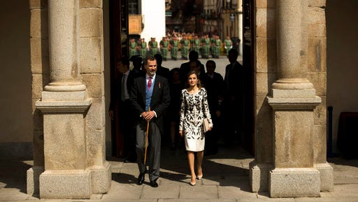 Spain's King Felipe, left, and Queen Letizia arrive to the Cervantes Prize ceremony at the University of Alcala de Henares, outskirts Madrid, Spain, Thursday, April 20, 2017. Spanish writer Eduardo Mendoza was awarded the Cervantes Prize which is the Spanish-speaking world's highest literary honor.