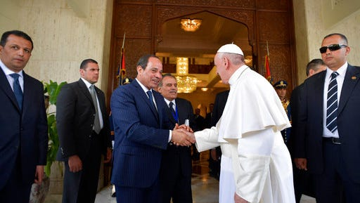 Pope Francis, right, meets Egyptian President Abdel-Fattah El-Sissi, in Cairo, Friday, April 28, 2017. Francis is in Egypt for a two-day trip aimed at presenting a united Christian-Muslim front that repudiates violence committed in God's name.