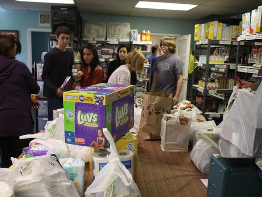 636416911019579041-ACTION-AGAINST-HUNGER-FOOD-DRIVE-FOOD-DRIVE-11536513.JPG
