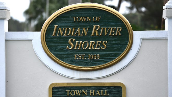 The town of Indian River Shores in Indian River County, FL.  Indian River Shores, along A1A. Indian River Shores Town Hall, Indian River Shores Fire / Police Dept., Indian River Shores Postal Center