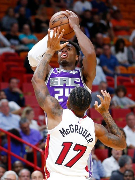 Kings_Heat_Basketball_14770.jpg