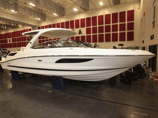 A $400,000 Sea Ray open-bow cruiser will be a highlight