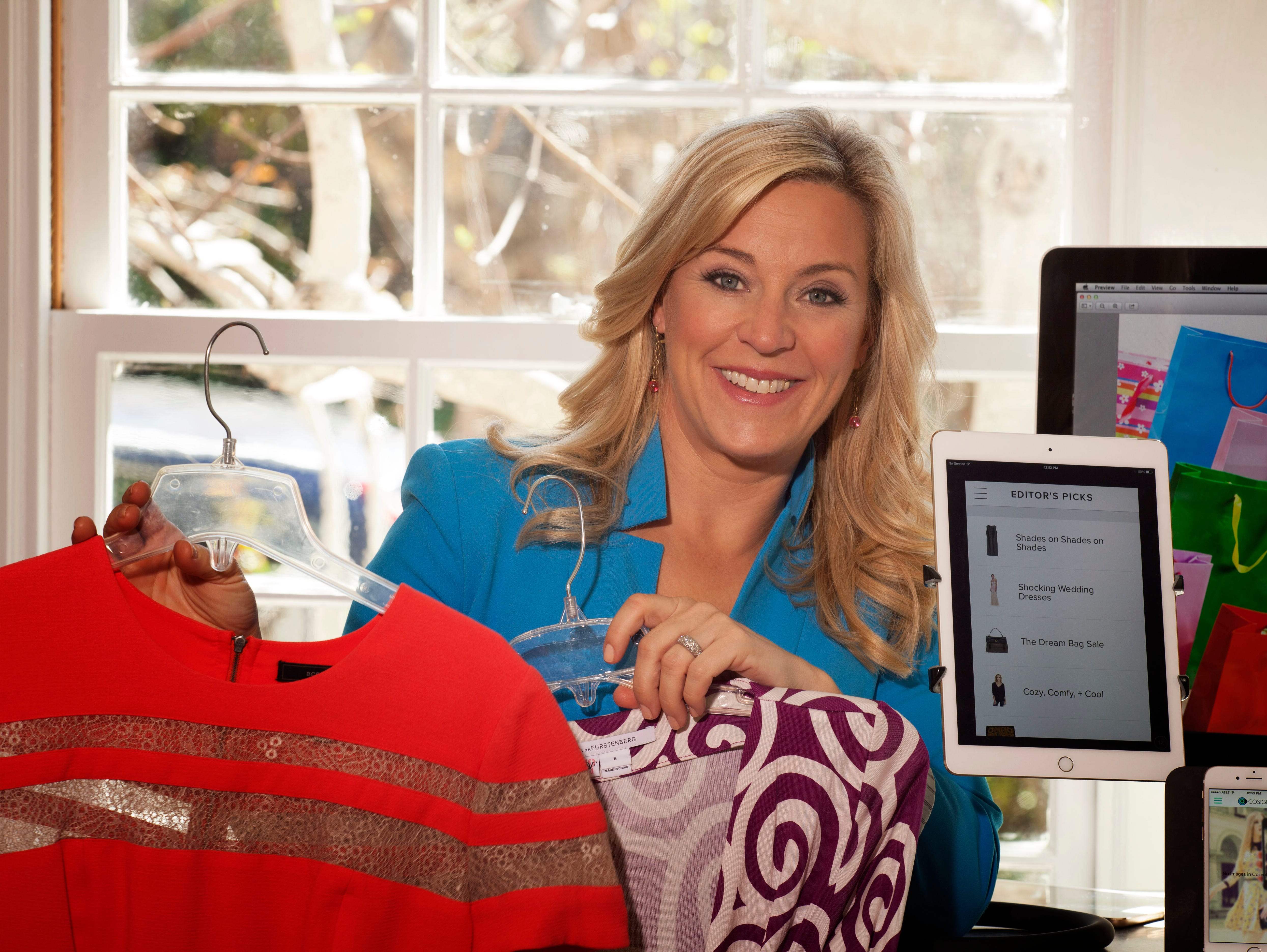 Columnist Jennifer Jolly shares her favorite shopping apps that help save you money.