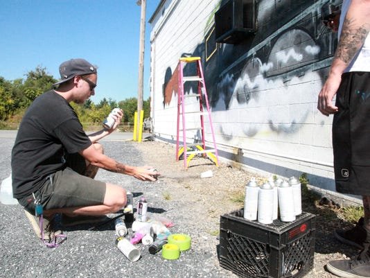 Beloved Waynesboro diner gets a mural
