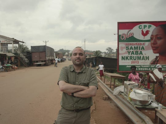 Miki Mistrati at the border in Elubo, Ghana