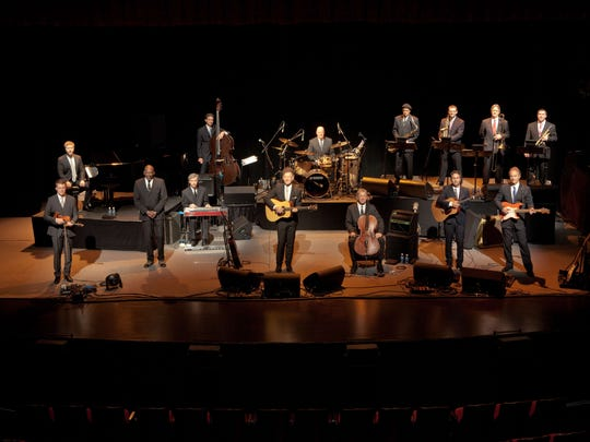 Lyle Lovett and His Large Band fill the Flynn Center