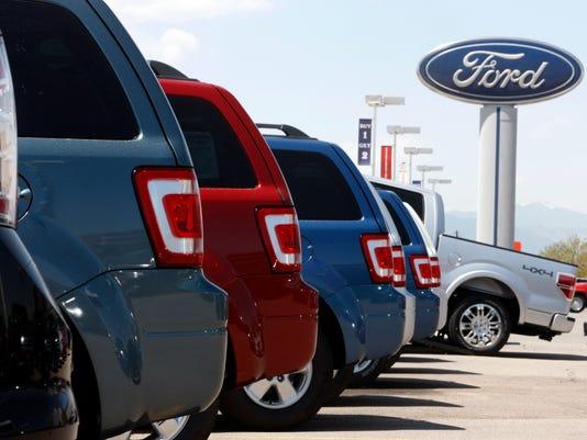 2010 Ford Escapes