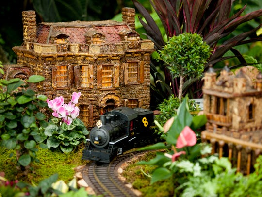 The New York Botanical Garden's holiday train show