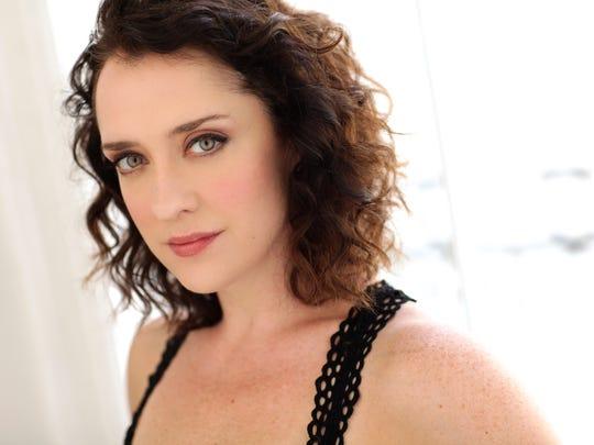 Kristen Mengelkoch, headshot