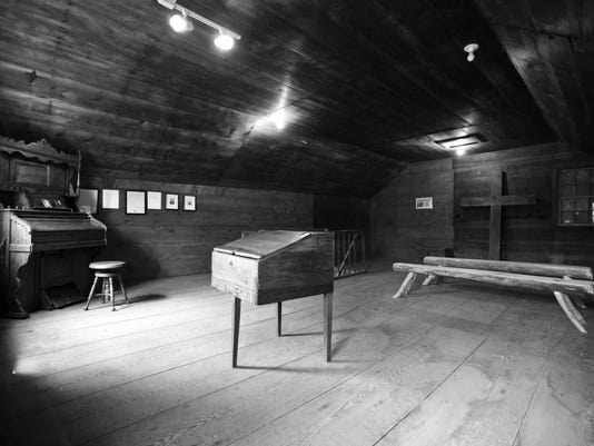 upstairs-chapel-at-Shook-house-by-Henry-Neufeld-Aug-16-2009.jpg