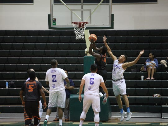 Action from Tuesday night's GBA Season 3 game between Mactech and the Toothfairies. Mactech won, 78-75.