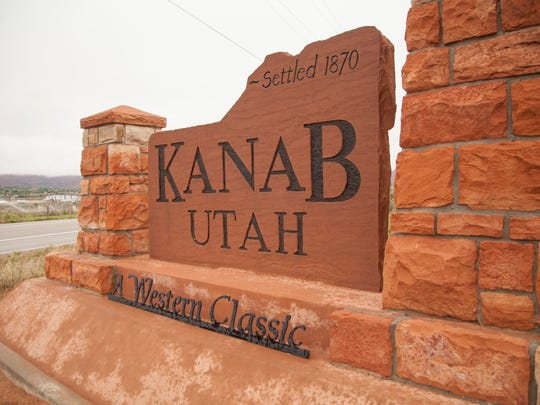A sign sits at the entrance to the southern Utah city of Kanab.