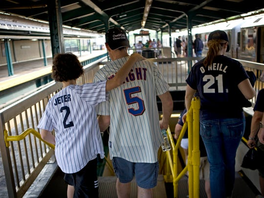 Mets and Yankees fans have been enjoying the Subway