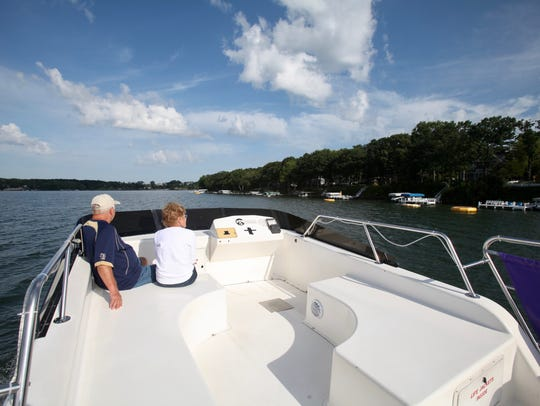 The Escapade offers sightseeing cruises of Green Lake