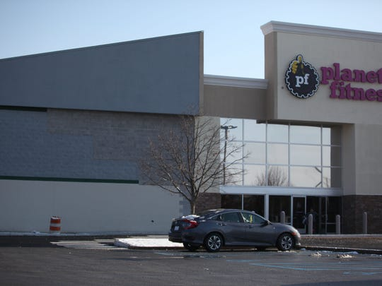 The Planet Fitness on Kirkwood Highway.  The site used to be a Best Buy.  Half of the building is currently empty.