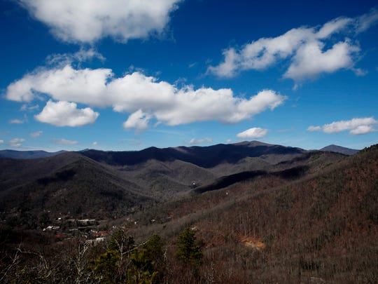 A view from Lookout Trail in Montreat. This picnic-worthy hike is good for older kids.