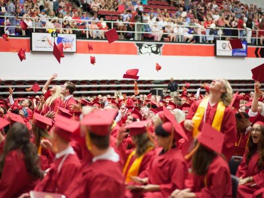 Rossview High School held their graduation ceremony
