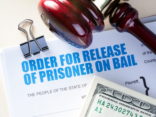 National Bail Out wants to pay bail for incarcerated dads so they can be home on Father's Day.