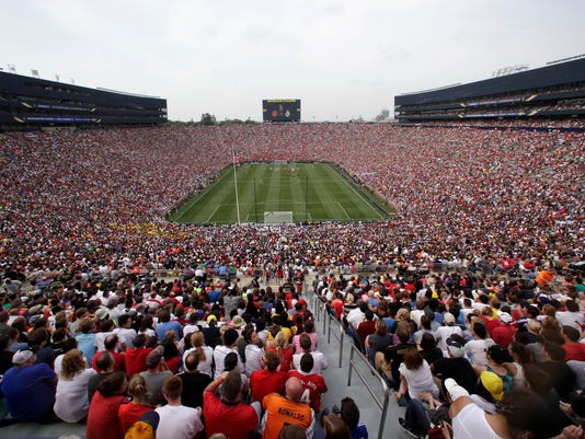 AP REAL MADRID MANCHESTER UNITED SOCCER S SOC USA MI