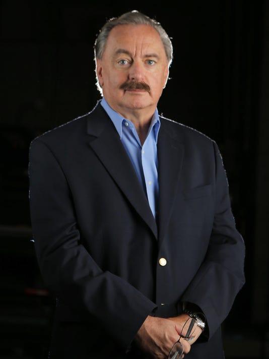 Pete Wevurski Headshot