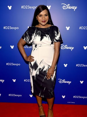 Just like her 'Mindy Project' character, Mindy Kaling dresses trendy as an expectant mother.