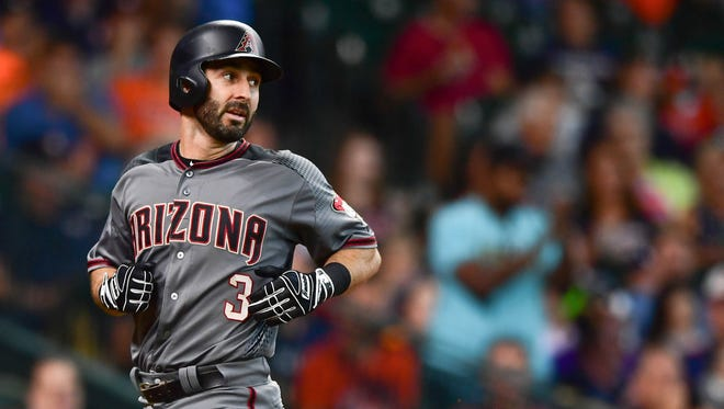 Aug 17, 2017: Arizona Diamondbacks left fielder Daniel Descalso (3) runs to home plate during the fourth inning against the Houston Astros at Minute Maid Park.
