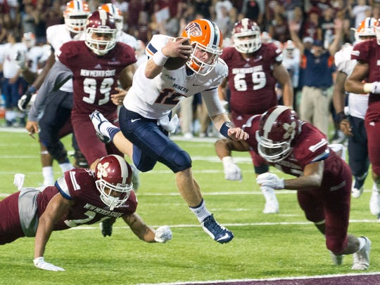 UTEP quarterback Ryan Metz sent this year's I-10 rivalry