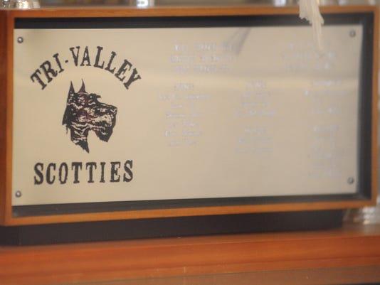 635587442817339948-ZAN-Tri-Valley-athletics-stock-2