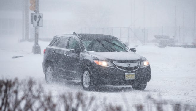 Weather conditions deteriorate as a low pressure system moves north off the coast delivering snow and high winds to the area. Roads quickly become snow covered creating dangerous driving conditions. Toms River, NJThursday, January 4, 2018@dhoodhood