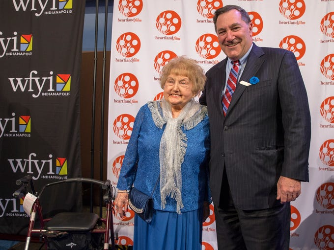 Joe Donnelly poses with Eva Mozes Kor in advance of