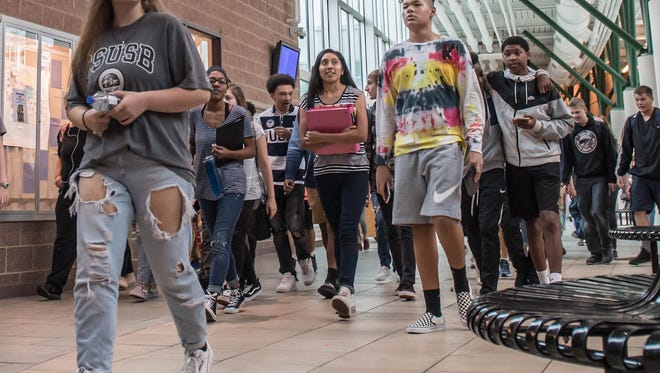 Lakeview High School students make their way to the cafeteria for lunch in September.