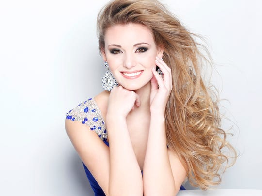 Sloan Elizabeth Marie Schmitz, 17, of Fond du Lac claimed second runner-up and the Miss Photogenic honors. She is the daughter of Gretchen Waltz and Harry Schmitz of Fond du Lac.