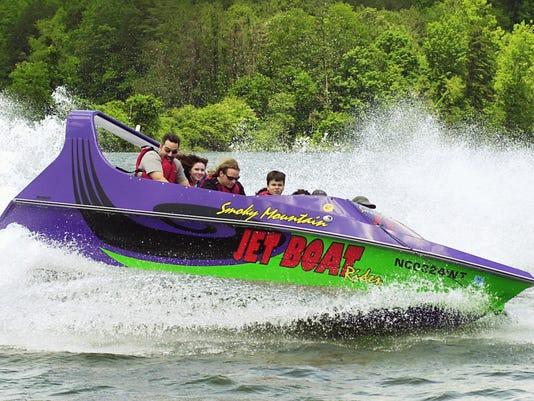 Jet boat.jpg