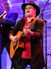 Micky Dolenz played guitar long before he was cast