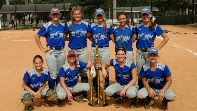 The Carolina Storm 16 and under softball team won the Big Orange Fall Showcase tournament over the weekend in Knoxville, Tennessee.