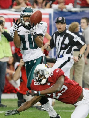 Philadelphia Eagles WR DeSean Jackson makes a catch for a touchdown over Arizona Cardinals Dominque Rodgers-Cromartie #29 (cq) during the NFC Championship game at University of Phoenix Stadium in Glendale, AZ.  (Rob Schumacher/The Arizona Republic)  (Via OlyDrop)