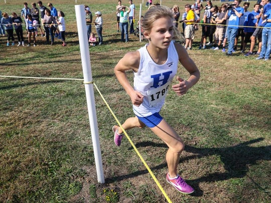 Highlands' Maggie Schroeder, who finished second, makes