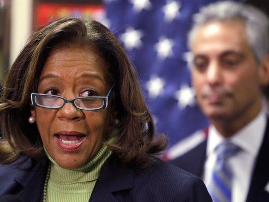 AP CHICAGO SCHOOLS INDICTMENT A FILE USA IL