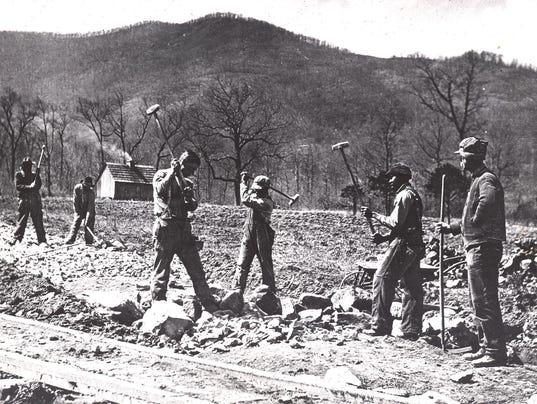 road-workers-Black-Mountain-1960.jpg