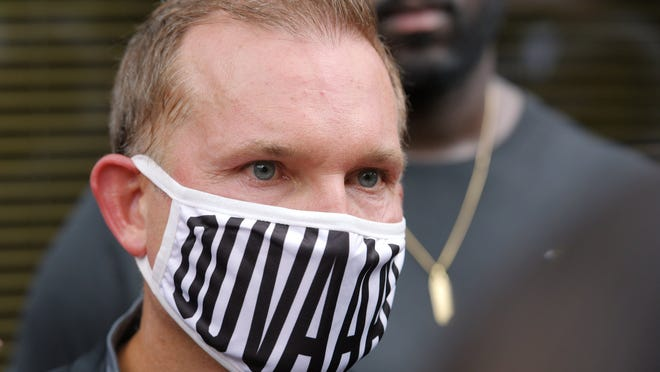 Jacksonville Mayor Lenny Curry has extended for another 30 days an emergency executive proclamation that requires employees and customers to wear masks inside businesses and other public spaces.