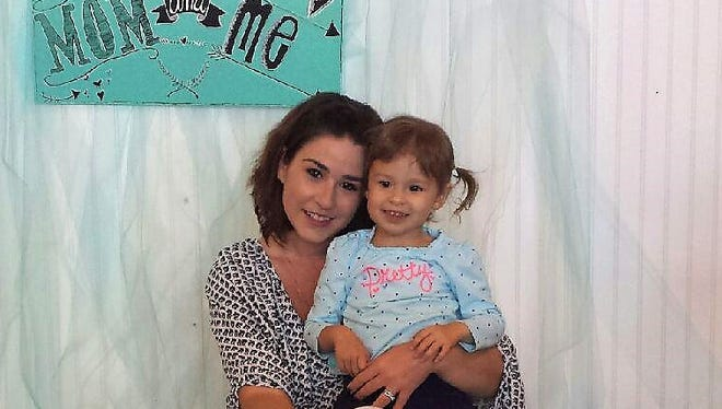 Lanae Enriquez and her daughter, Addison.