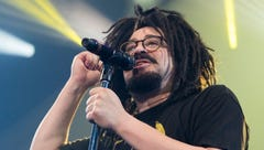 Counting Crows will bring retro rock to the desert this weekend