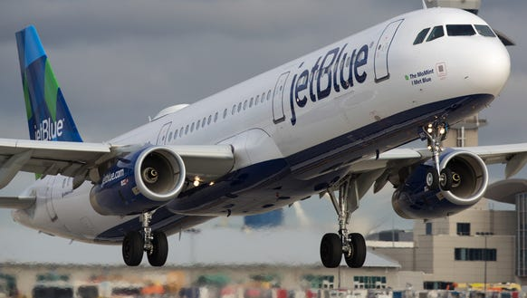 A JetBlue Airbus A321  takes off from Los Angeles International