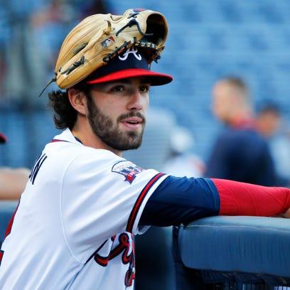 Atlanta Braves shortstop Dansby Swanson (2) prepares